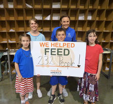 """<div class=""""source"""">Submitted</div><div class=""""image-desc"""">Members of the Nelson County 4-H Cooking Club recently volunteered at Feeding America, Kentucky's Heartland in Elizabethtown. </div><div class=""""buy-pic""""></div>"""
