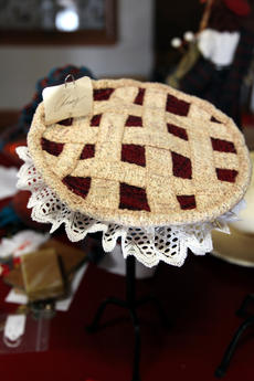 """<div class=""""source"""">SPENCER JENKINS/The Kentucky Standard</div><div class=""""image-desc"""">A cherry pie made out of fiber sits in Dennis' kitchen. </div><div class=""""buy-pic""""><a href=""""/photo_select/44482"""">Buy this photo</a></div>"""