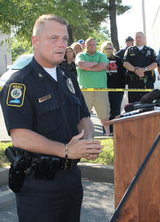 "<div class=""source"">RANDY PATRICK/The Kentucky Standard</div><div class=""image-desc"">Bardstown Police Chief Rick McCubbin speaks at a press conference this morning about the fatal shooting of one of his officers, Jason Ellis.</div><div class=""buy-pic""><a href=""/photo_select/47346"">Buy this photo</a></div>"