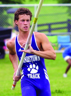 """<div class=""""source"""">file photo</div><div class=""""image-desc"""">Michael Seaman was a state champion pole vaulter at Bardstown High School who now competes at Samford University in Alabama.</div><div class=""""buy-pic""""></div>"""