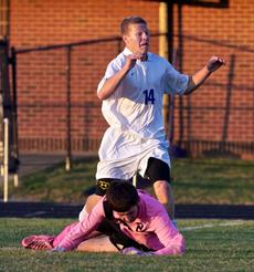 "<div class=""source"">Peter W. Zubaty</div><div class=""image-desc"">Trey Heiskell led Bardstown in assists last season.</div><div class=""buy-pic""></div>"