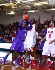 "<div class=""source"">Peter W. Zubaty</div><div class=""image-desc"">Bardstown senior Marcus Cosby, left, went for 26 in his final game as a Tiger.</div><div class=""buy-pic""><a href=""http://web2.lcni5.com/cgi-bin/c2newbuyphoto.cgi?pub=191&orig=bhs_john_bbreg_02.JPG"" target=""_new"">Buy this photo</a></div>"