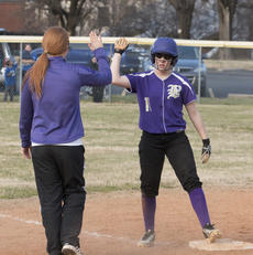 """<div class=""""source"""">PETER W. ZUBATY/The Kentucky Standard</div><div class=""""image-desc"""">Hannah Riley was one of Bardstown's top hitters last year as a seventh-grader, and returns to the starting lineup for this season.</div><div class=""""buy-pic""""></div>"""