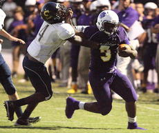 "<div class=""source"">Peter W. Zubaty</div><div class=""image-desc"">Bardstown's Donshais Calbert delivers a stiff-arm to a Shawnee defender.</div><div class=""buy-pic""><a href=""http://web2.lcni5.com/cgi-bin/c2newbuyphoto.cgi?pub=191&orig=bhs_shawnee_fb_02.JPG"" target=""_new"">Buy this photo</a></div>"