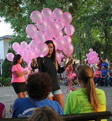 """<div class=""""source"""">KACIE GOODE/The Kentucky Standard</div><div class=""""image-desc"""">Balloons are passed out to the crowed Tuesday at St. Thomas. </div><div class=""""buy-pic""""><a href=""""/photo_select/77544"""">Buy this photo</a></div>"""