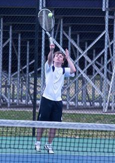 "<div class=""source"">Peter W. Zubaty</div><div class=""image-desc"">Devin Chaney mans the No. 1 singles spot for Bardstown.</div><div class=""buy-pic""></div>"
