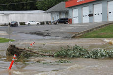 "<div class=""source"">RANDY PATRICK/The Kentucky Standard</div><div class=""image-desc"">This uprooted tree lodged at the crossing of Simpson Creek in front of the Northeast Nelson fire station in Bloomfield Tuesday.</div><div class=""buy-pic""><a href=""/photo_select/67565"">Buy this photo</a></div>"