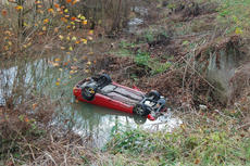 """<div class=""""source"""">TREY CRUMBIE/The Kentucky Standard</div><div class=""""image-desc"""">Nelson County emergency personnel responded to a car exitng the roadway and entering a creek off of New Haven Road late Tuesday morning. On initial police accounts, no one appeared to be hurt. New Haven Road was closed for a short period of time.</div><div class=""""buy-pic""""><a href=""""/photo_select/70947"""">Buy this photo</a></div>"""