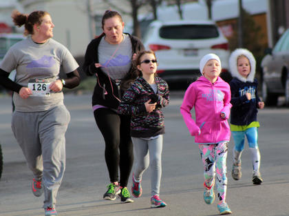 Runners of all ages participated in the third annual Forget Me Not Fun Run Saturday, raising awareness of Alzheimer's.