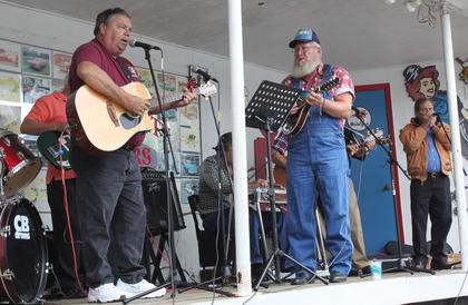 The Herbie Goff Band performs for the crowd Saturday afternoon.