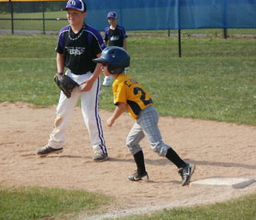 The Bardstown Bats and Louisville Pirates met up at a recent U8 travel team tournament at Dean Watts Park. The St. Matthews Sun Devils were tournament champs, beating the D.C. Sluggers in the finals.