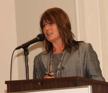 Kim Huston, president of the Bardstown-Nelson County Chamber of Commerce and director of NCEDA, talks about her appreciation for the staff and members of the chamber.