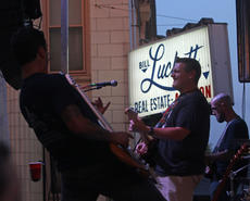 """<div class=""""source"""">KACIE GOODE/The Kentucky Standard </div><div class=""""image-desc"""">Andrew Scott Newton and band are in sync and having fun Saturday during the Bourbon City Street Concert. </div><div class=""""buy-pic""""><a href=""""/photo_select/77635"""">Buy this photo</a></div>"""