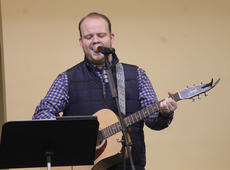 """<div class=""""source"""">RANDY PATRICK/The Kentucky Standard</div><div class=""""image-desc"""">Cory Johnson leads the music part of the worship service Saturday at the Mama Jo Nuckols Prayer Breakfast at Faith Worship Center.</div><div class=""""buy-pic""""></div>"""