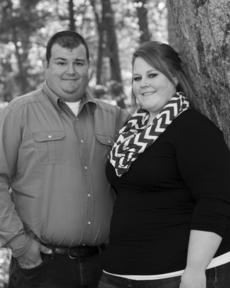 "<div class=""source""></div><div class=""image-desc"">Amanda Yates and Matthew Robertson</div><div class=""buy-pic""><a href=""/photo_select/67733"">Buy this photo</a></div>"