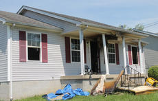 """<div class=""""source"""">RANDY PATRICK/The Kentucky Standard</div><div class=""""image-desc"""">There was heavy smoke coming from this house at 440 Susannah Ave. when Bardstown firefighters arrived just after 10 a.m. Saturday. It appeared the fire started in a bedroom closet.</div><div class=""""buy-pic""""><a href=""""/photo_select/95231"""">Buy this photo</a></div>"""