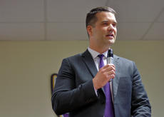 """<div class=""""source"""">KACIE GOODE/The Kentucky Standard</div><div class=""""image-desc"""">Ryan Clark talks about what makes him the best fit for Bardstown City Schools' next superintendent during a finalist showcase Monday night.</div><div class=""""buy-pic""""><a href=""""/photo_select/94594"""">Buy this photo</a></div>"""