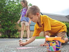 "<div class=""source"">KACIE GOODE/The Kentucky Standard</div><div class=""image-desc"">Kids draw with chalk during Bardstown Primary School's Tigerpawlooza Friday.</div><div class=""buy-pic""><a href=""/photo_select/95855"">Buy this photo</a></div>"