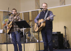 """<div class=""""source"""">RANDY PATRICK/The Kentucky Standard</div><div class=""""image-desc"""">Patrick Rogers, left, and Cory Johnson lead the singing at Faith Worship Center Saturday for the 17th annual Mama Jo Nuckols Prayer Breakfast.</div><div class=""""buy-pic""""></div>"""