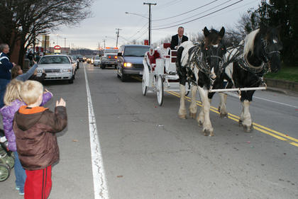 Fred Boone drove Santa's carriage in the parade.