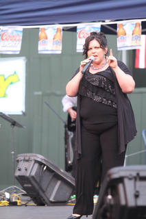 Angela Smith, Bardstown, performs.