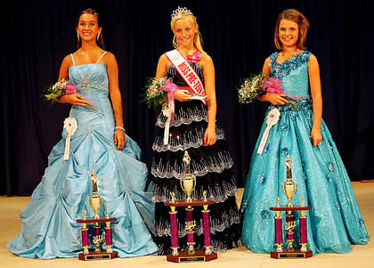 Despite the hot and humid weather, 29 young ladies from various counties in the state,including several from Nelson County competed in the 2011 Miss Nelson County Pre-Teen Pageant. Macy Carol McCoy, 12, daughter of Robert and Kathy McCoy, Mount Sterling, won the title of Miss Pre-Teen. Pictured, from left, are second runner-up Logan Grace Hornback, 12, daughter of Scott and Eileen Hornback, Louisville; McCoy; and first runner-up Jayln Rebecca Loy, 10, daughter of Jeron and Jennifer Loy, Jamestown.