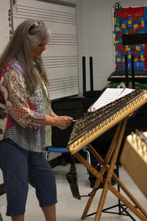 Ruth Smith teaches a class on hammered dulcimers during Kentucky Music Week.